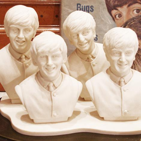 93' APPLE Co. Limited Beatles Sculpture