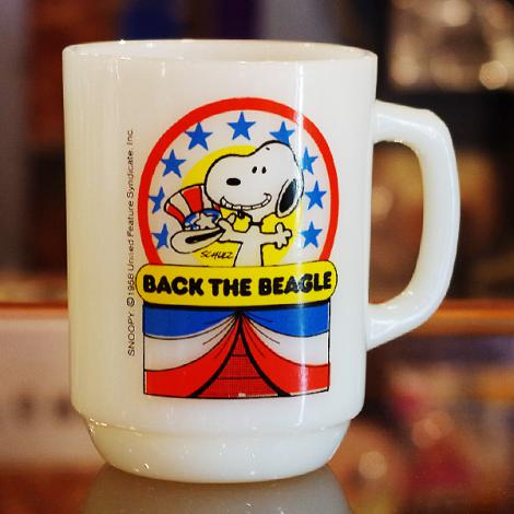 80's Fire King Snoopy For President Mug No.1